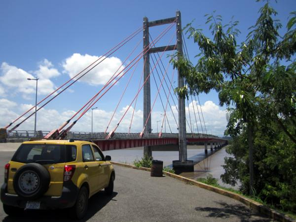Le pont de l'Amistad